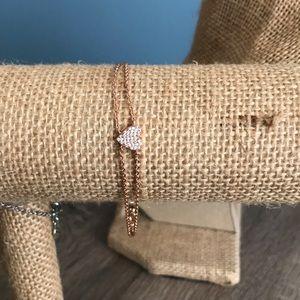 Petite bijoux heart bracelet